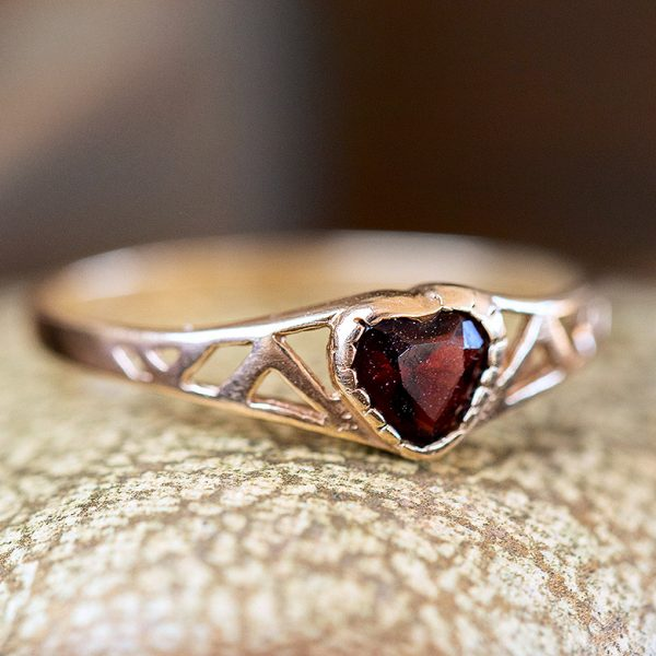 vintage-gold-heart-ring